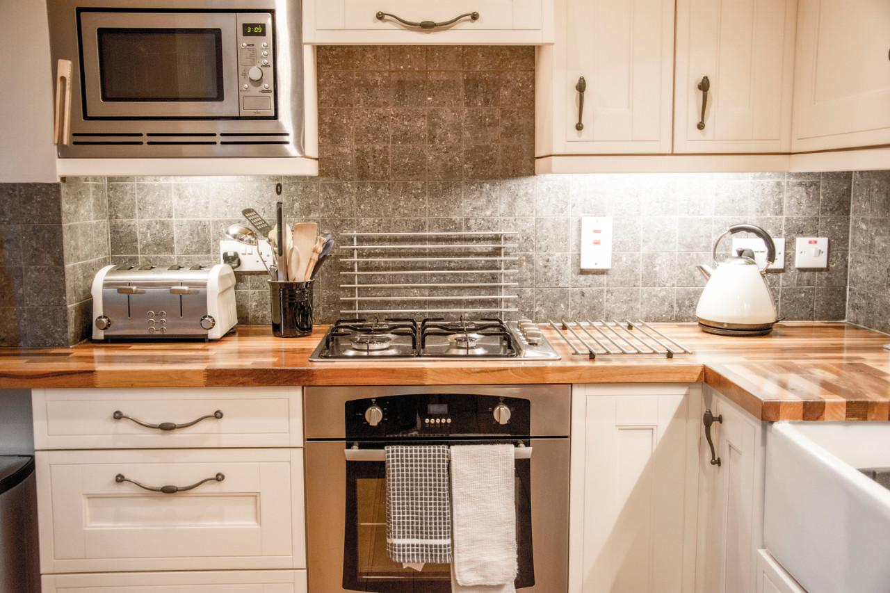 127 Seatown Holiday Cottage Kitchen
